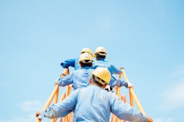 Should I Work with a Construction Accident Lawyer?