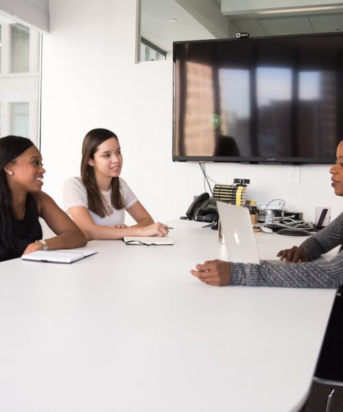 Top 6 Tips for Effective Self-Promotion During an Interview